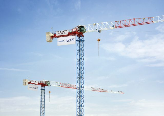 Two new Raimondi MRT111 tower cranes sold to Dubai contractor